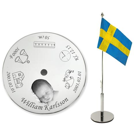 Bordsflagga med gravyr – Dop – med bild & namn